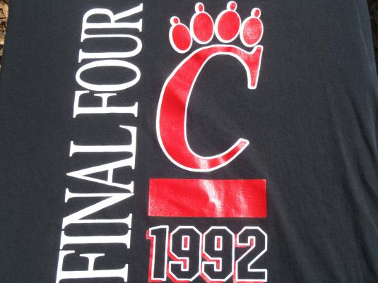 Vintage 1992 Cincinnati Bearcats Final Four T Shirt