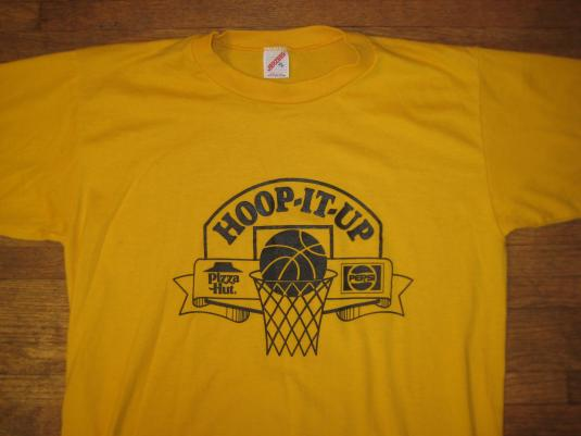 Vintage 1980 39 s hoop it up basketball t shirt pizza hut pepsi for Retro basketball t shirts