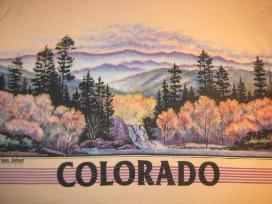 Completely new Vintage 1990 Colorado in autumn scene t-shirt, medium TJ77
