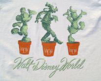 1990s Walt Disney World Topiary Beige  L