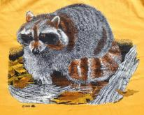 Vintage 1980s Yellow Raccoon Wildlife T-Shirt M/L
