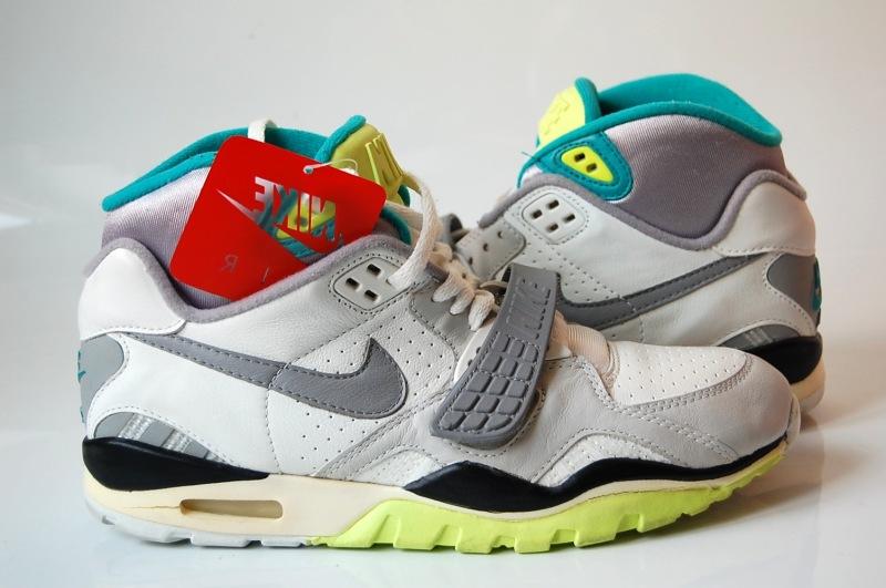 Nike Vintage Running Shoes