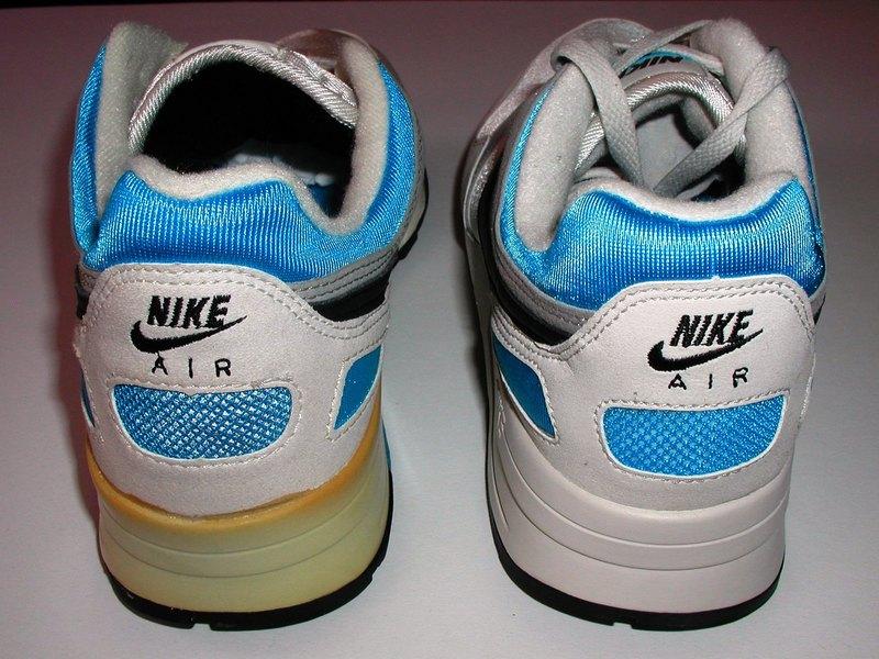 separation shoes 01983 87c17 Vintage Nike Air Pegasus 1989 Comparison Re-Release Sneakers