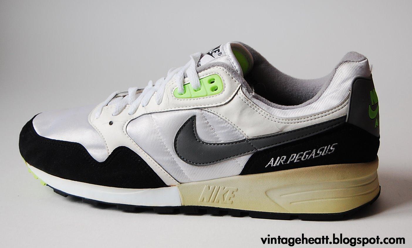 Nike Air Pegasus (1990)
