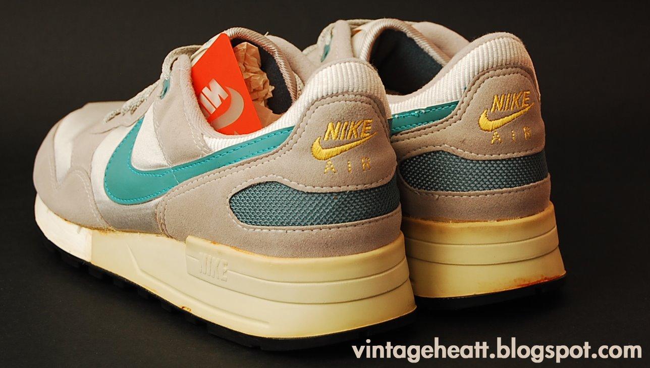 wholesale dealer e776b 8051e Vintage Nike Air Pegasus (1987) Sneakers Shoes