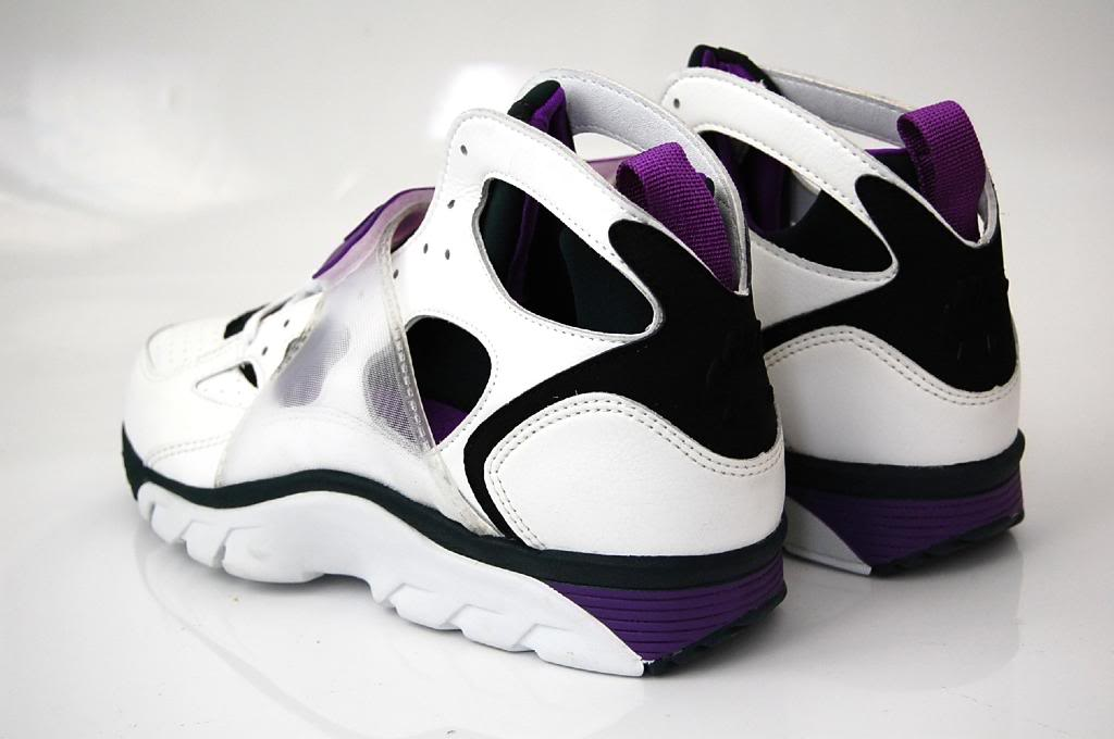 Vintage Nike Air Huarache Trainer 1992 Purple Sneakers