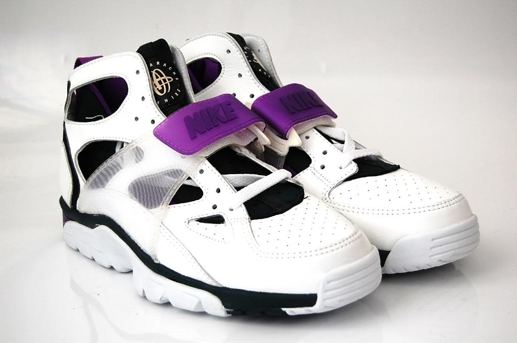 vintage nike air huarache trainer 1992 purple sneakers. Black Bedroom Furniture Sets. Home Design Ideas