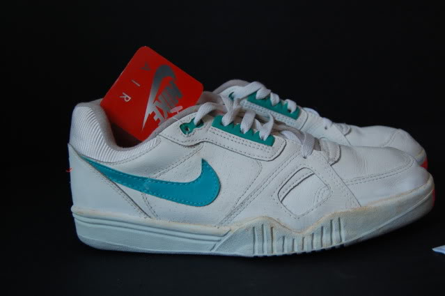 nike air challenge court trainer