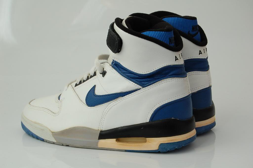 vintage nike air revolution 1988 sneakers shoes. Black Bedroom Furniture Sets. Home Design Ideas