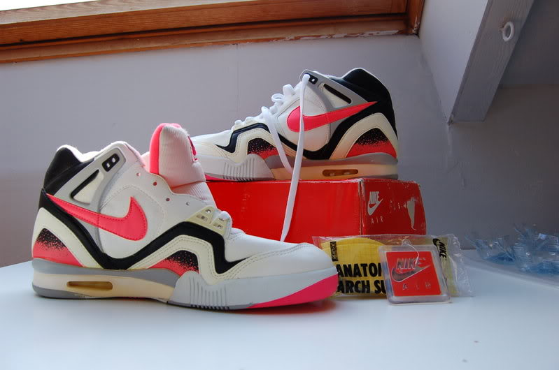 Vintage Nike Challenge Court Shoes