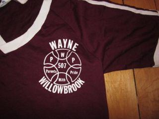 Vintage V-neck T-shirt Willowbrook New Jersey Parents