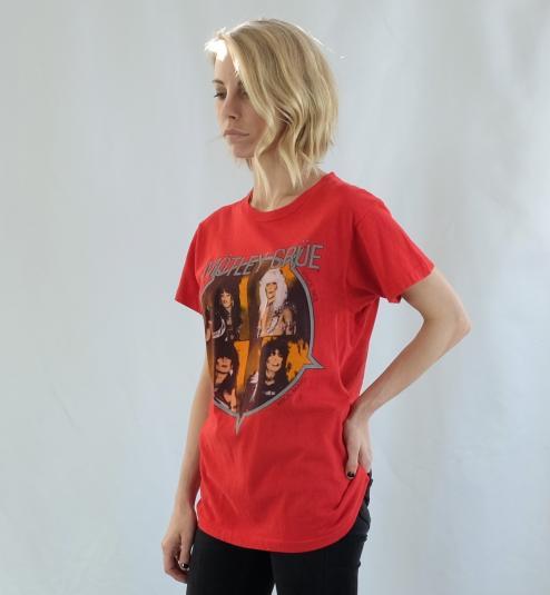 Motley Crue Shout At The Devil 83-84 Red Tour T Shirt Large