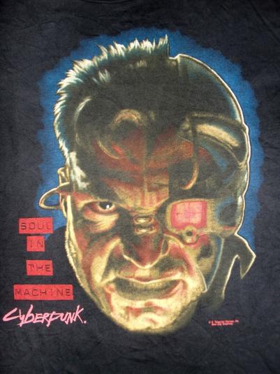 SOUL IN THE MACHINE CYBERPUNK 90'S T-SHIRT