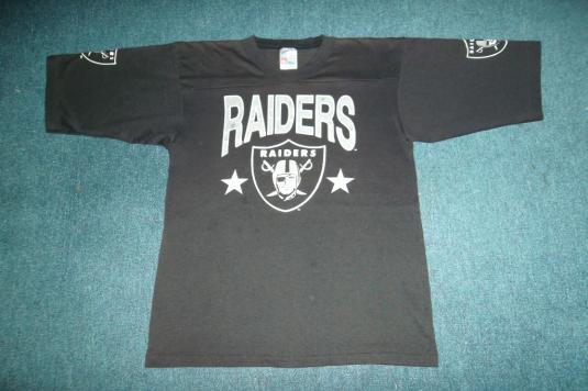 Vintage 1970s 80s RAIDERS Raglan T-shirt