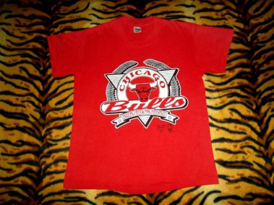 Vintage 1980s Chicago Bulls NBA Basketball Fans T-shirt