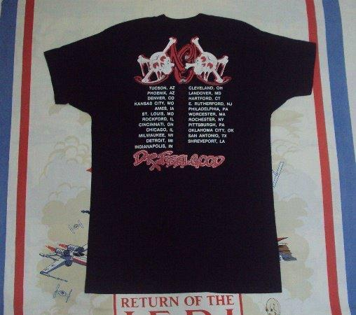 "VINTAGE 1989 MOTLEY CRUE ""DR FEELGOOD"" USA TOUR T SHIRT"