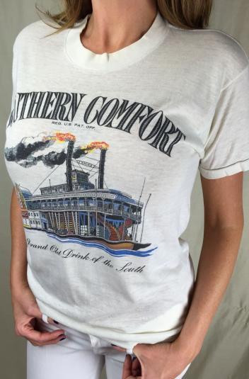 Vintage 80s Southern Comfort Whiskey Liqueur Liquor T-Shirt