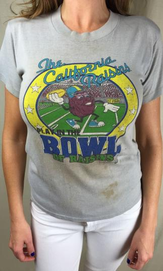 Vintage 1988 California Raisins Football Wasted T-Shirt XL