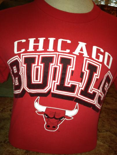 1990 Logo 7 Chicago Bulls shirt