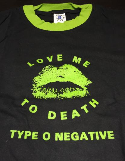 TYPE O NEGATIVE – love me to death