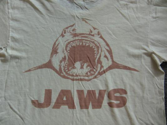 JAWS AUTHENTIC FILM CREW SHIRT JOE ALVES ART 1974 RARE VTG