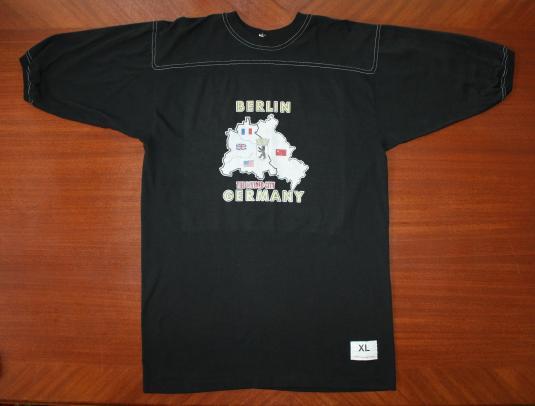 Berlin Germany Divided City vtg Cal Cru jersey t-shirt L