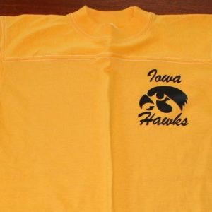 University of Iowa Hawkeyes vintage t-shirt tall S/XS
