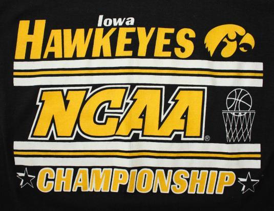 Iowa Hawkeyes basketball March Madness vintage t-shirt Small