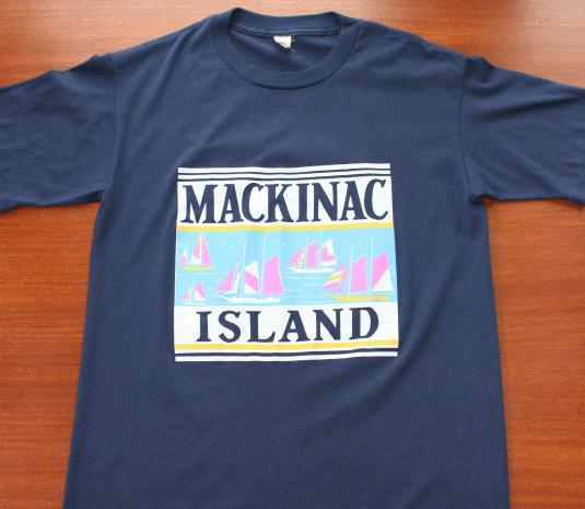 Mackinac Island Michigan vintage navy blue t-shirt M
