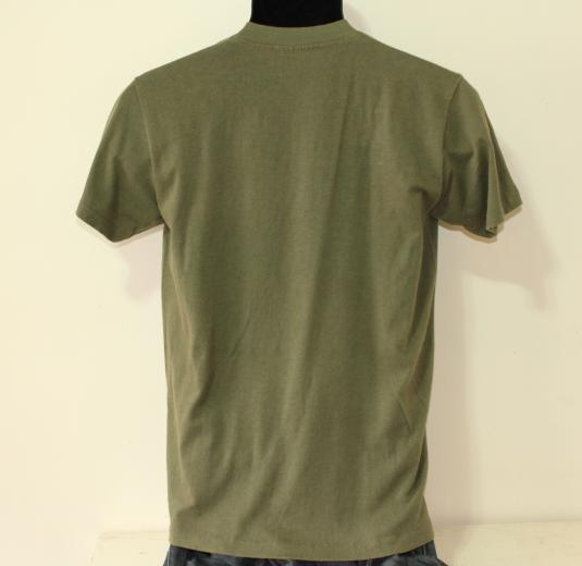 MASH Hot Lips 1981 vintage green t-shirt Small