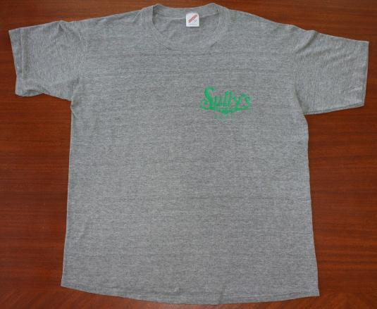 RAYON Sully's Irish Pub vintage Jerzees t-shirt Large