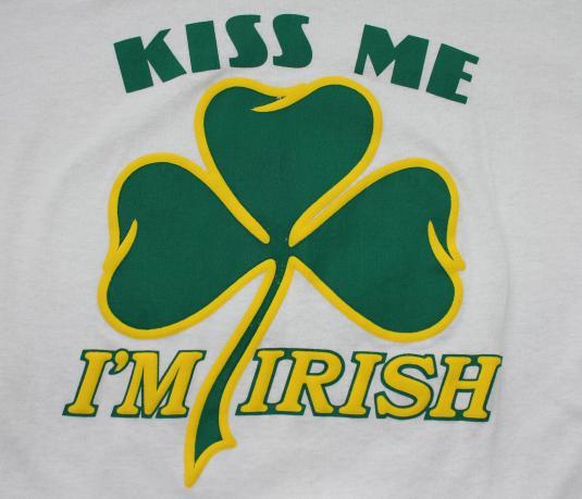 Kiss Me I'm Irish vintage t-shirt Large