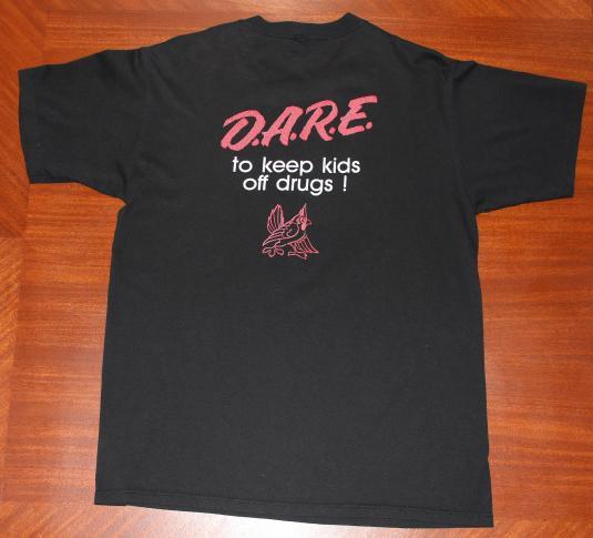 DARE Drug Enforcement Newton Iowa vintage black t-shirt L/M