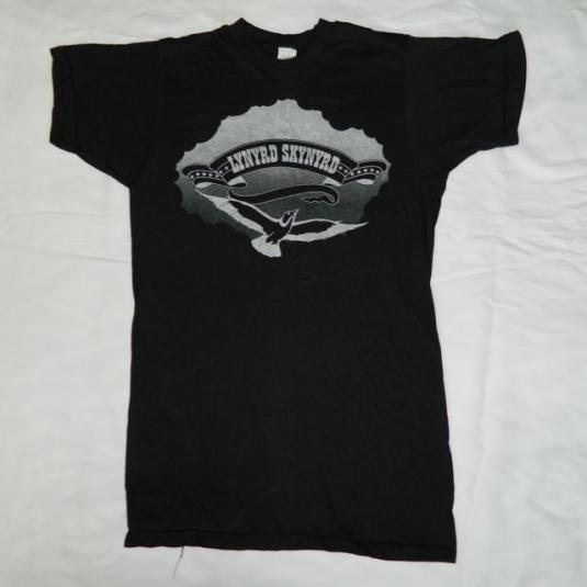 Vintage LYNYRD SKYNYRD 70s MEDIUM Tour T-Shirt MINT!