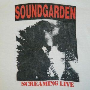 Vintage SOUNDGARDEN 1988 SCREAMING LIVE Tour T-Shirt