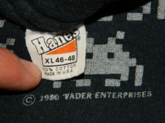 Vintage SPACE INVADERS 80s MASTER VADER T-Shirt video game