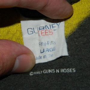 Vintage GUNS N ROSES 1987 APPETITE FOR DESTRUCTION T-Shirt