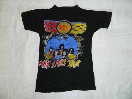 Vintage REO SPEEDWAGON 1979 Nine Lives Tour T-shirt 70s