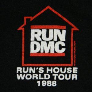 Vintage RUN DMC 1988 RUN'S HOUSE TOUR SWEATSHIRT t-shirt