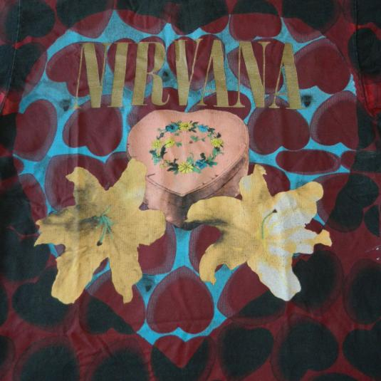 Vintage NIRVANA HEART-SHAPED BOX 1993 GIANT TULTEX T-SHIRT 90s