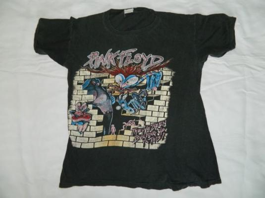 Vintage PINK FLOYD 1980 THE WALL Tour T-Shirt concert