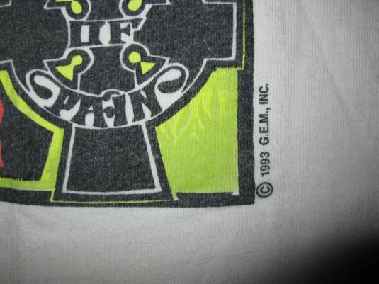 1993 HOUSE OF PAIN LIQUOR STORE TOUR VINTAGE T-SHIRT