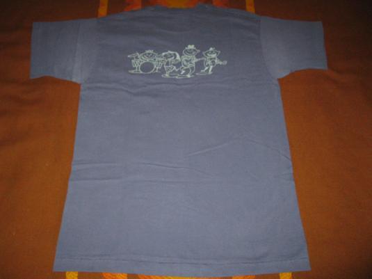 1995 MOONPOOLS & CATERPILLARS LUCKY DUMPLING VINTAGE T-SHIRT