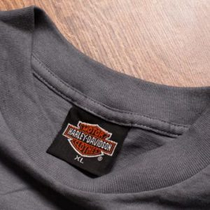Vintage 90s 3D Emblem Harley-Davidson Leader of Pack Wolf T-Shirt