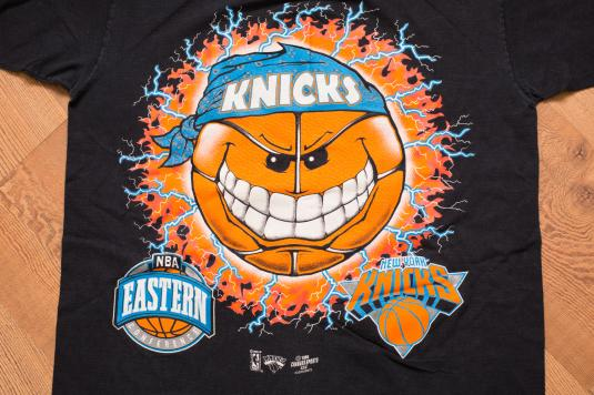 Vintage 90s New York Knicks Graphic T-Shirt, Hip Hop Bandana
