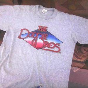 Vintage Doobie Brothers 1982 World Tour t-shirt 80s