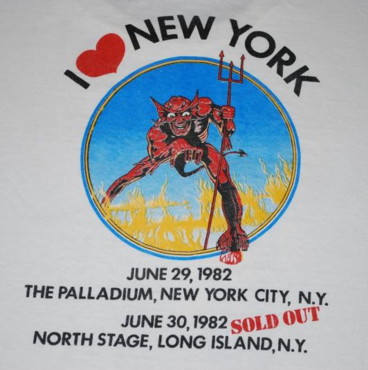 VINTAGE IRON MAIDEN THE BEAST IN NEW YORK 1982 T-SHIRT *