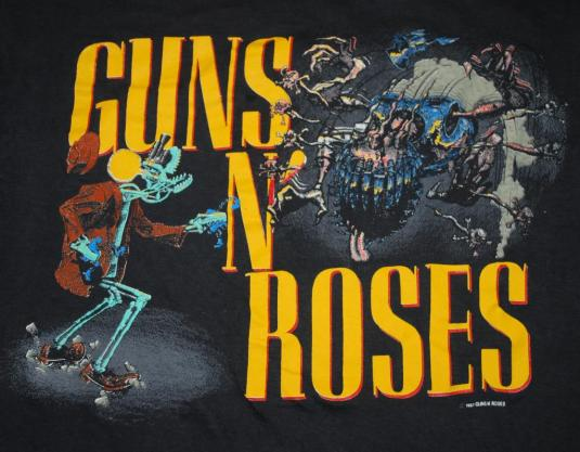 VINTAGE GUNS N ROSES 1987 GRAPHIC RAPE SCENE T-SHIRT