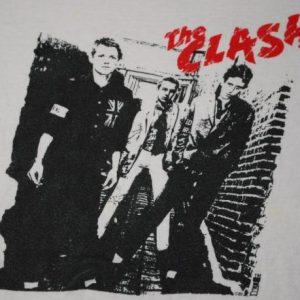 VINTAGE THE CLASH 1981 THIS IS RADIO CLASH T-SHIRT *