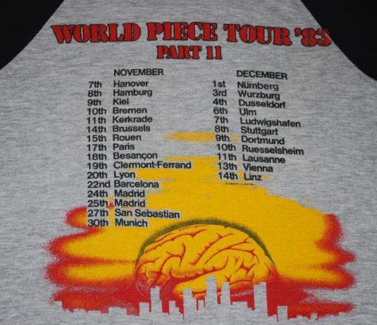 VINTAGE IRON MAIDEN 1983 WORLD PIECE TOUR T-SHIRT *